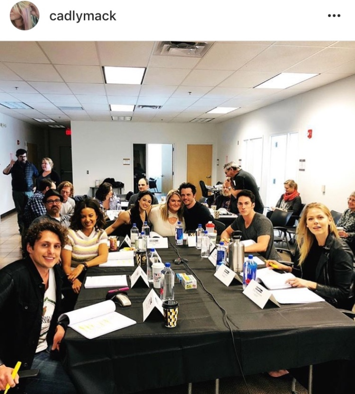 Roswell reboot table read cast