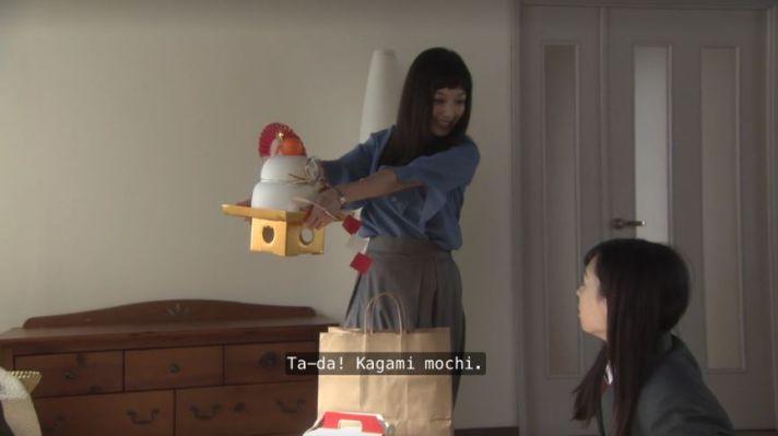 Haruka Fukuhara Erika Mori kagami mochi mirror rice cake good morning call japan yuri yoshikawa