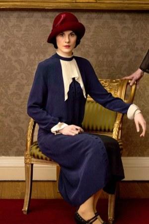 downton-abbey-lady-mary-best-looks-6-main
