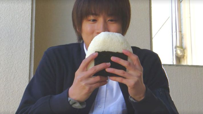 Shun'ya Shiraishi Onigiri omusbubi nigirimeshi rice ball Japan food good morning call uehara