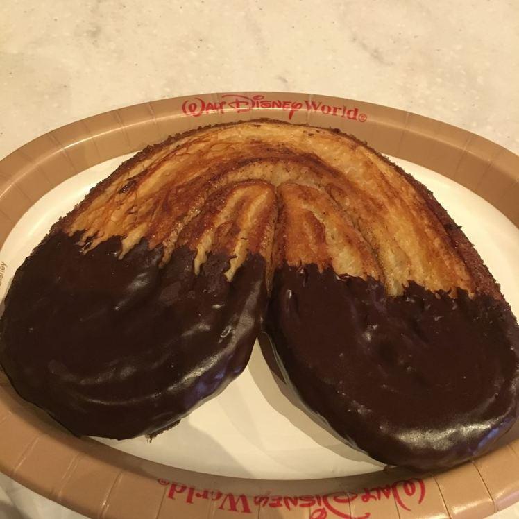 Palmier France EpcotLes Halles Boulangerie-Patisserie Disney